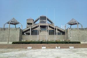 瀬戸大橋記念館展望台方向から