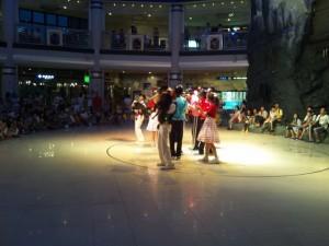 ワンコとダンスのアトラクション 1