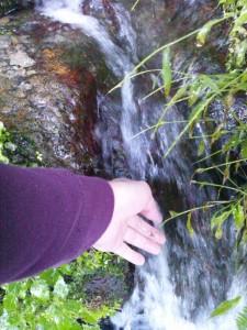 赤目四十八滝 水が一杯あふれています。