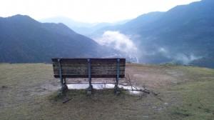 夜明けを見る為の椅子?夜明け後に。