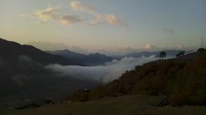 夜明け直後の雲