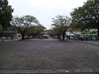 東山動植物園は閉園(^_^.)