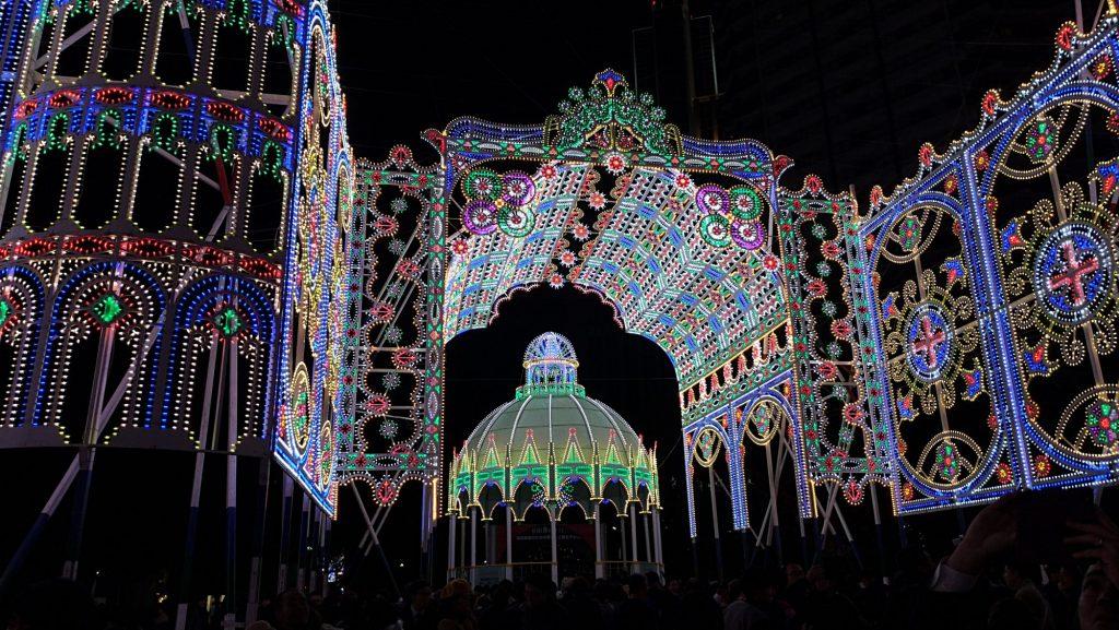 2019 神戸ルミナリエ の開催日は、2019(令和元)年12月6日(金) ~ 12月15日(日) 10日間